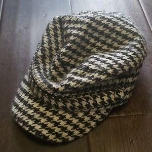 Steve Madden Houndstooth Hat
